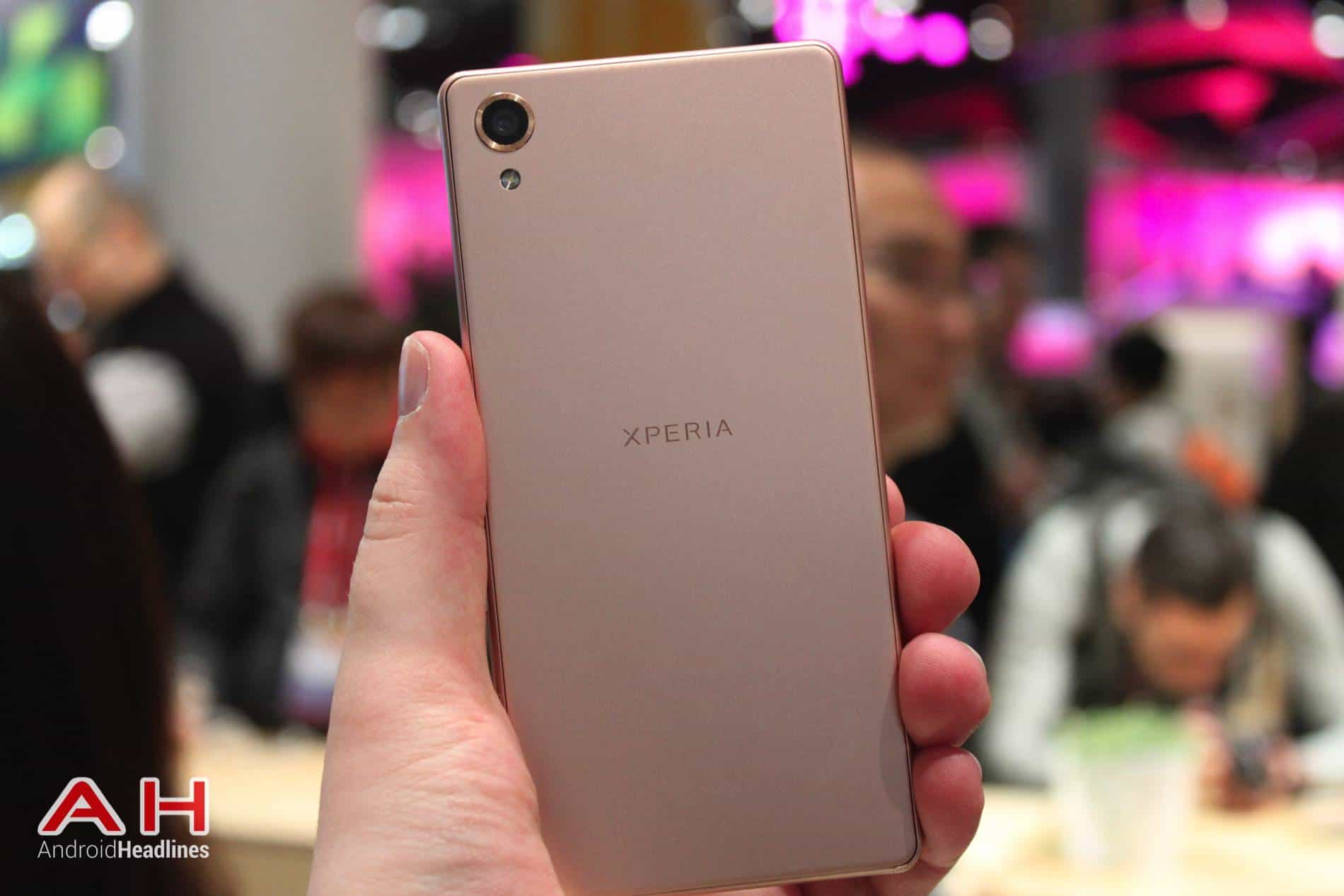Xperia X Hands On MWC AH 30