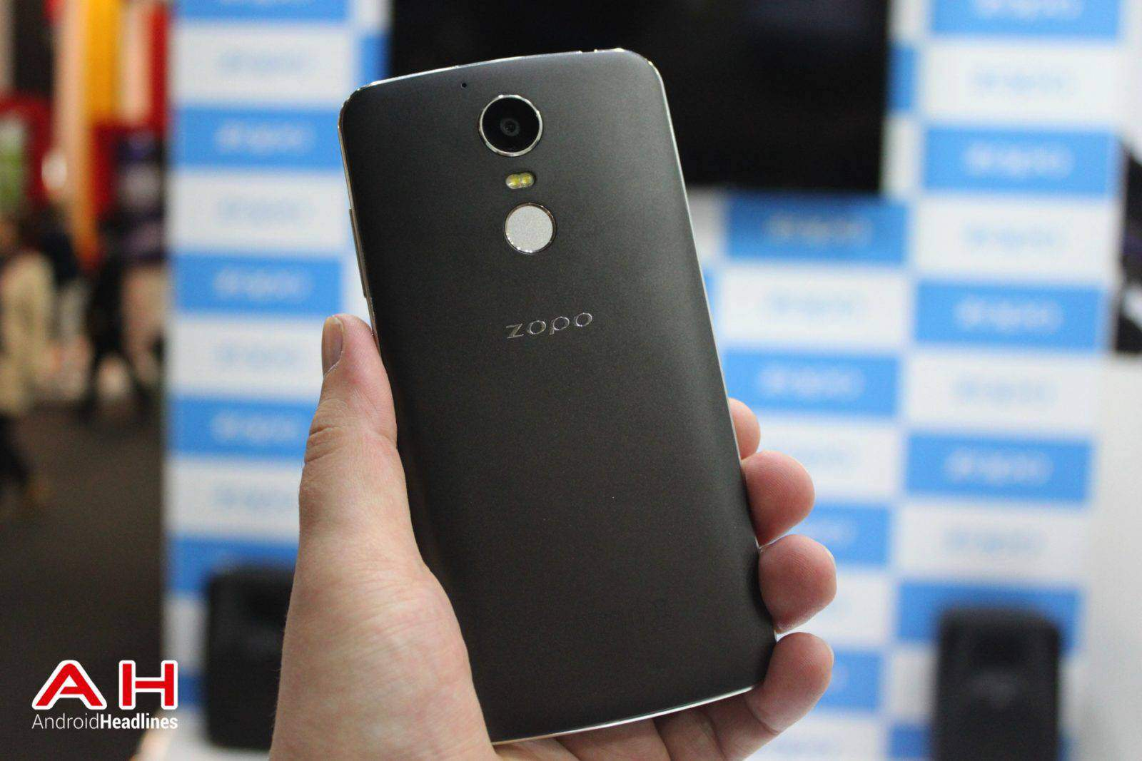 Zopo Speed 8 MWC AH 02