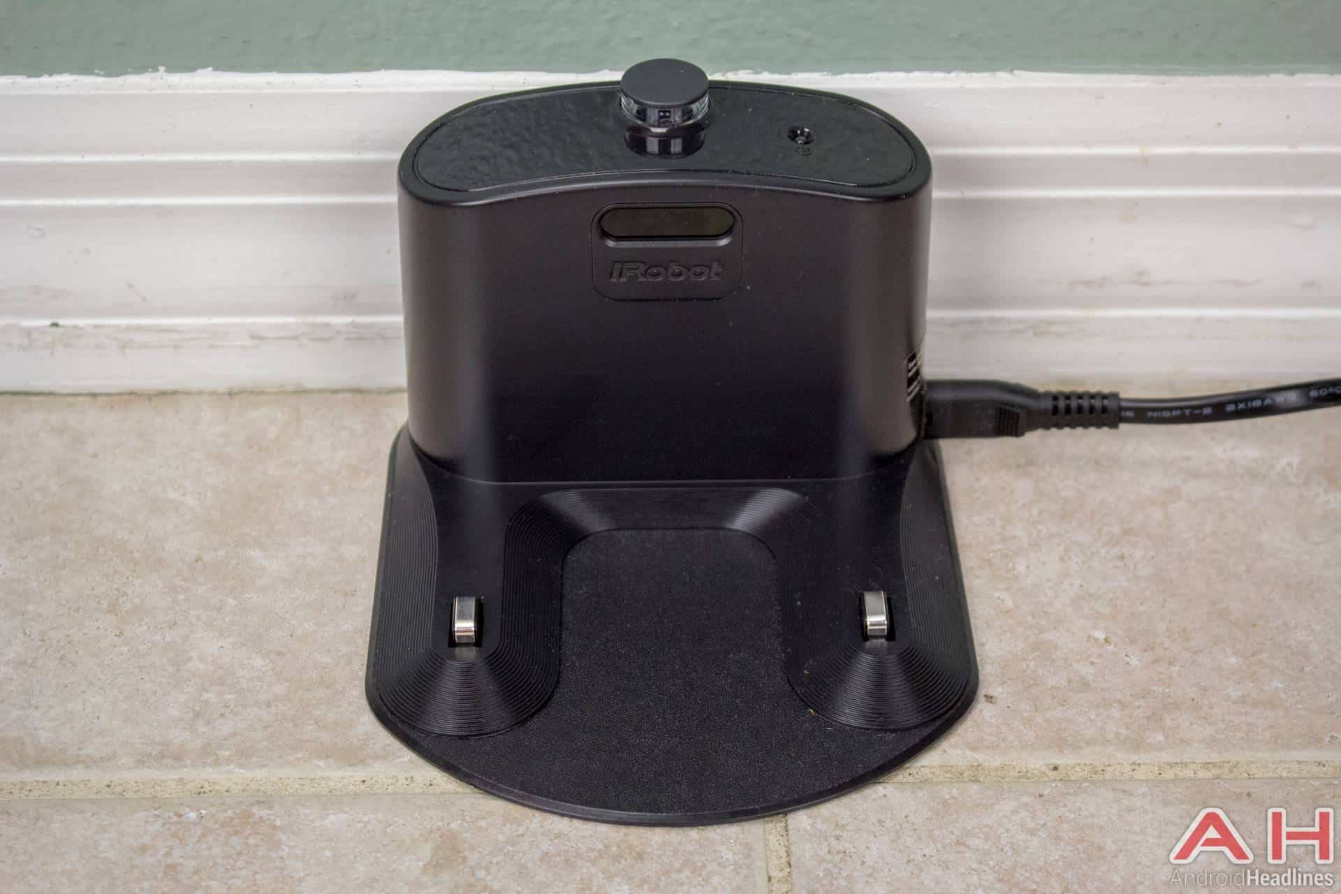 iRobot Roomba 980 AH NS dock