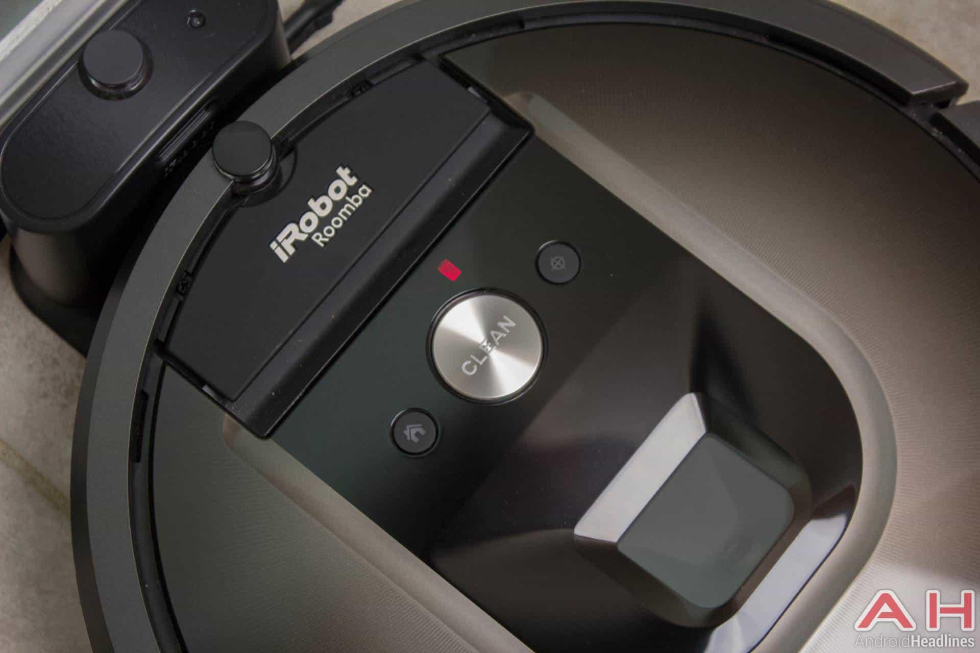 iRobot Roomba 980 AH NS dustbin full