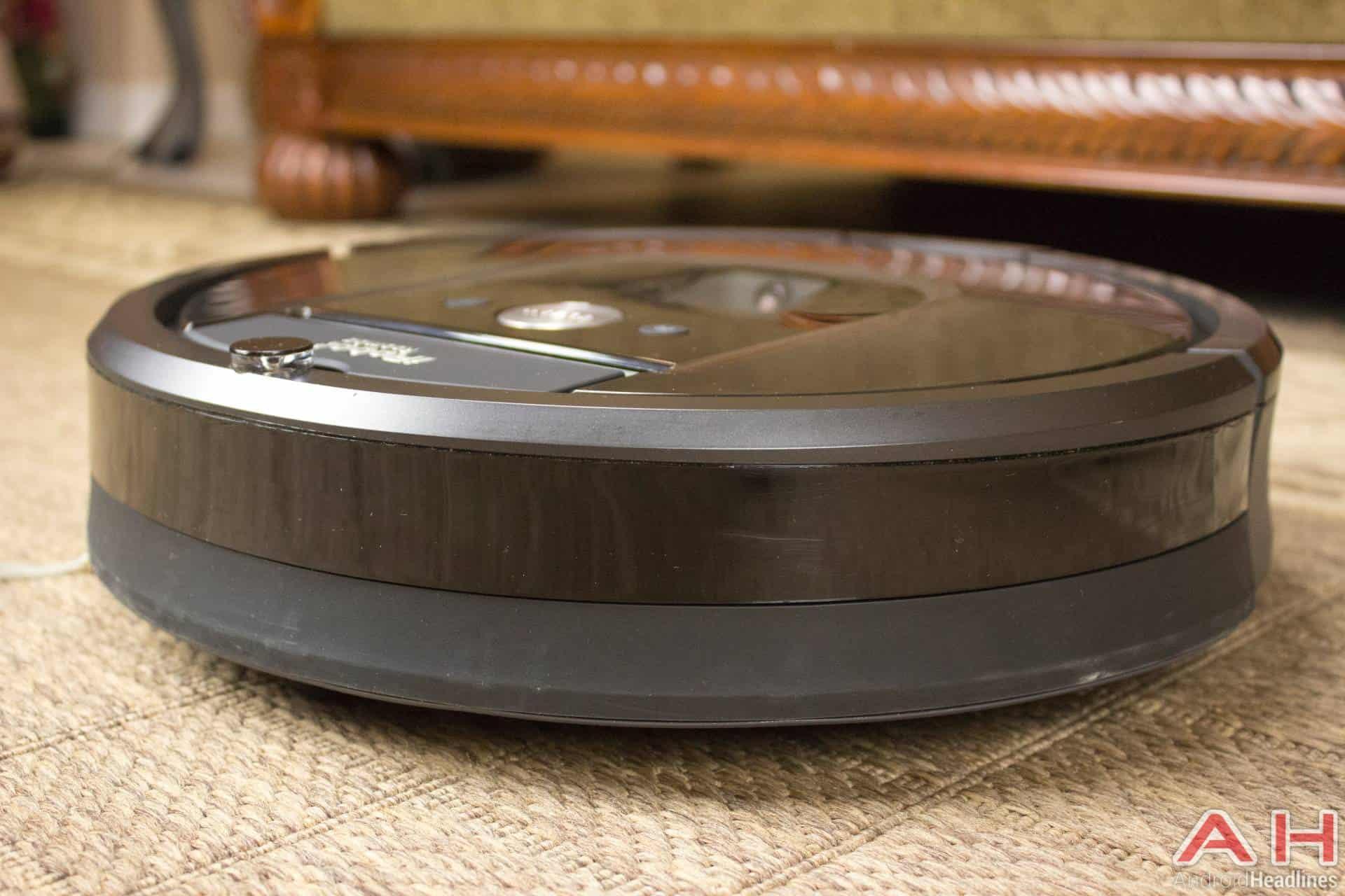 iRobot Roomba 980 AH NS front
