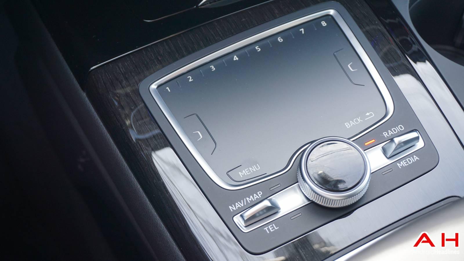 2017-Audi-Q7-Hands-On-AH-00002