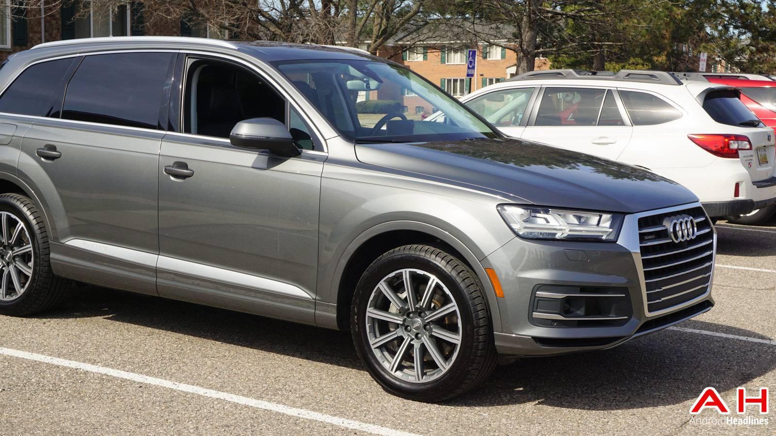 2017-Audi-Q7-Hands-On-AH-00028