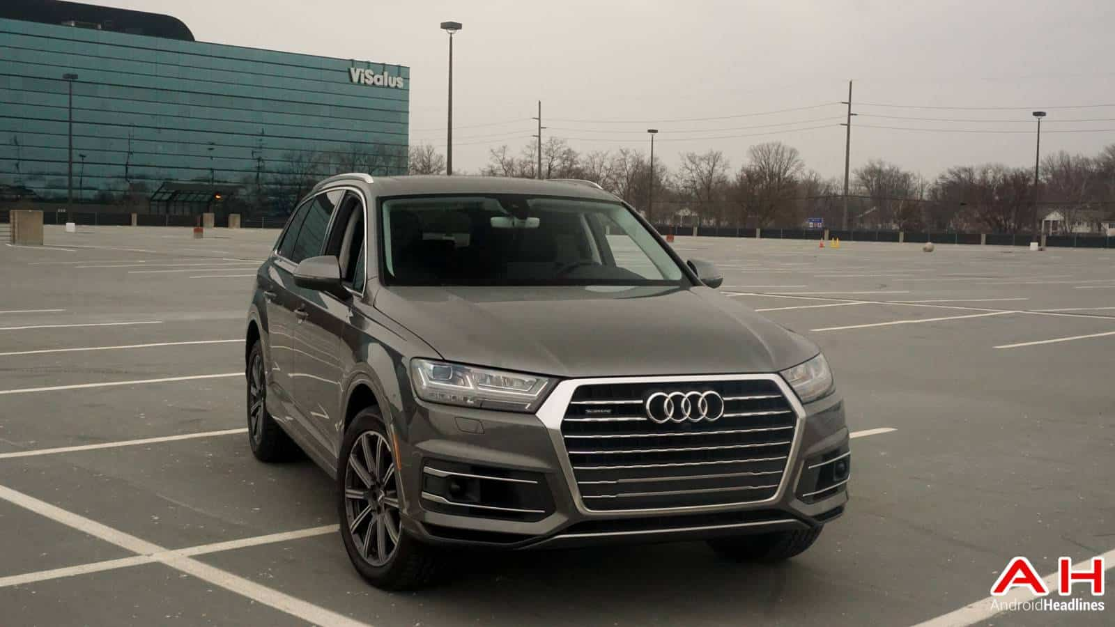 2017-Audi-Q7-Review-AH-00058