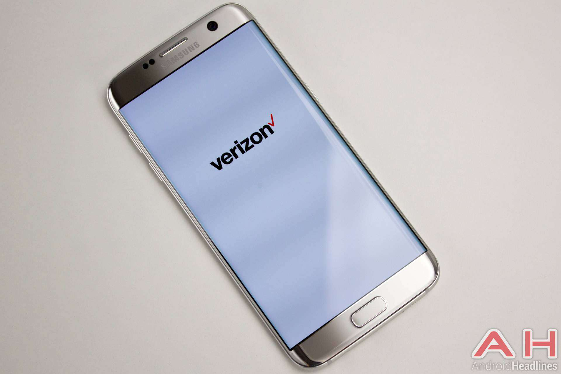 Samsung-Galaxy-S7-Edge-AH-NS-Titanium-verizon-logo
