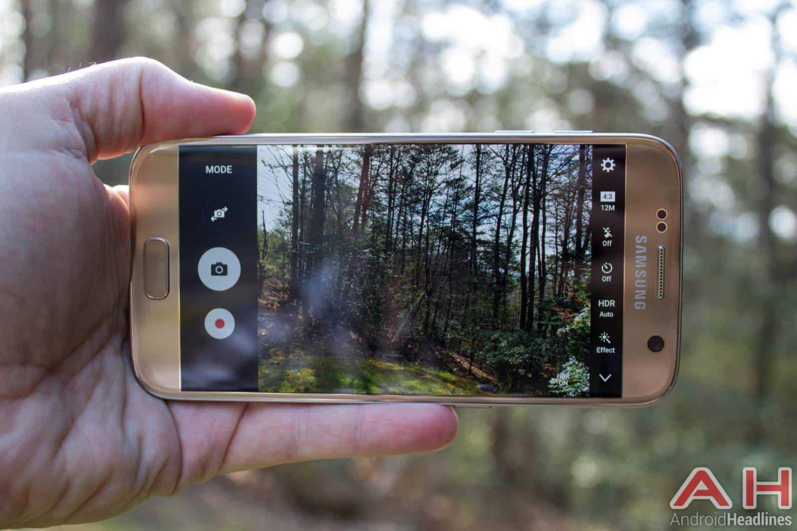 Samsung-Galaxy-S7-Gold-AH-NS-camera