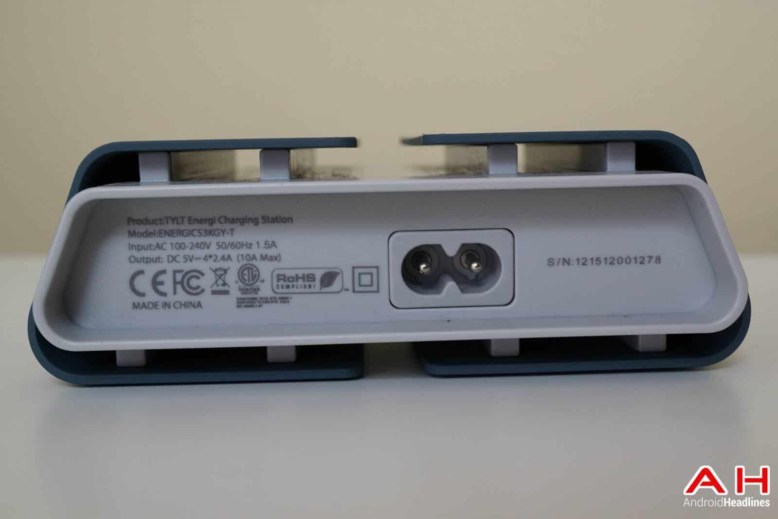TYLT-ENERGI-Desktop-Charging-Station-AH-00177