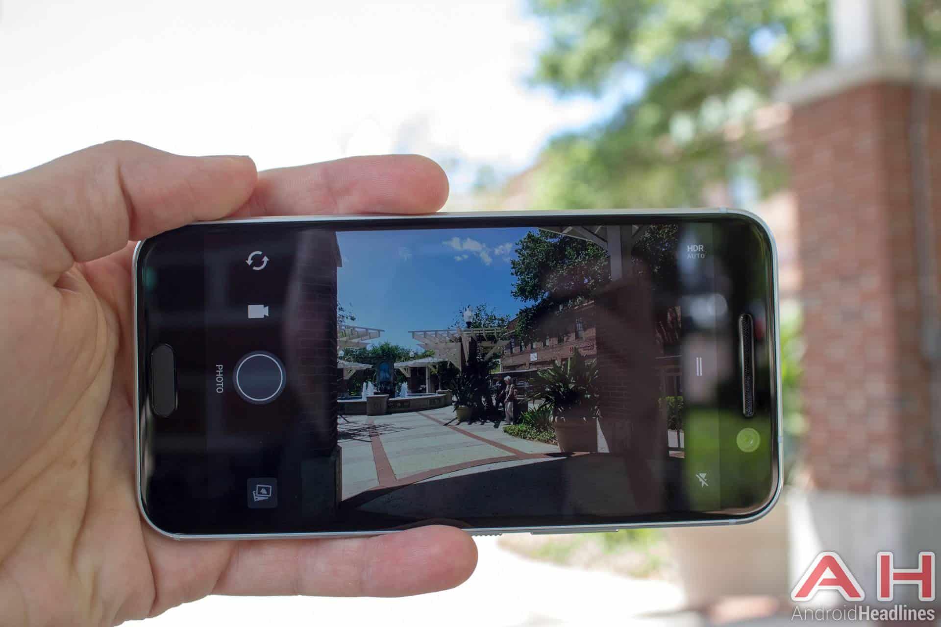 HTC-10-AH-NS-camera