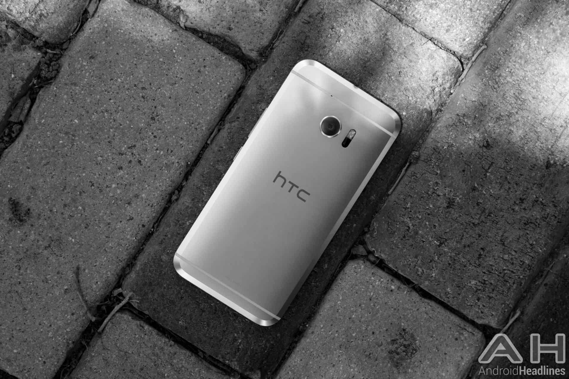 HTC 10 Black and White AH