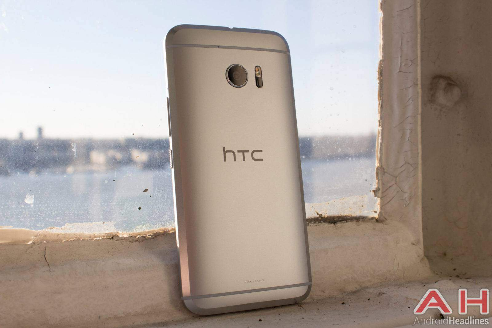 HTC 10 Hands On Silver AH (2)