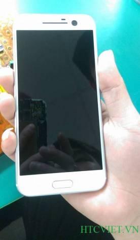 HTC 10 White leaked image KK