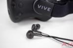 HTC Vive AH NS earbuds 1