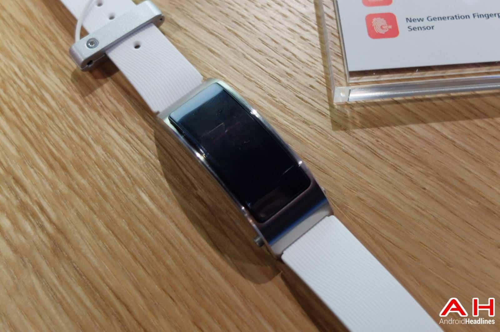 Huawei TalkBand B3 AH 0536