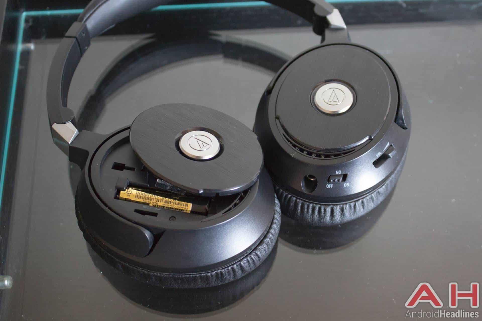 Audiotechnica-ANC70-AH-NS-03