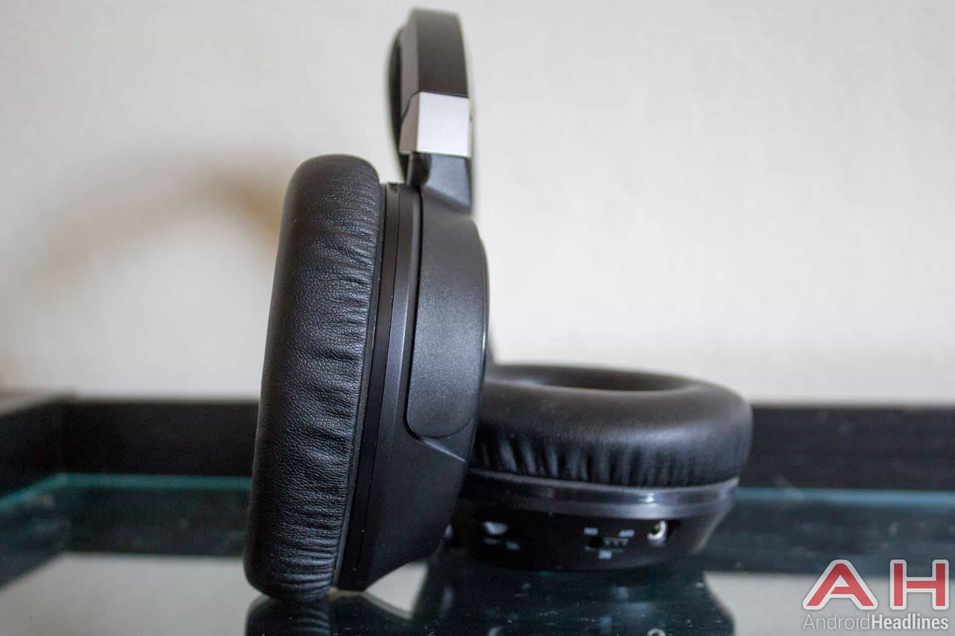 Audiotechnica-ANC70-AH-NS-04