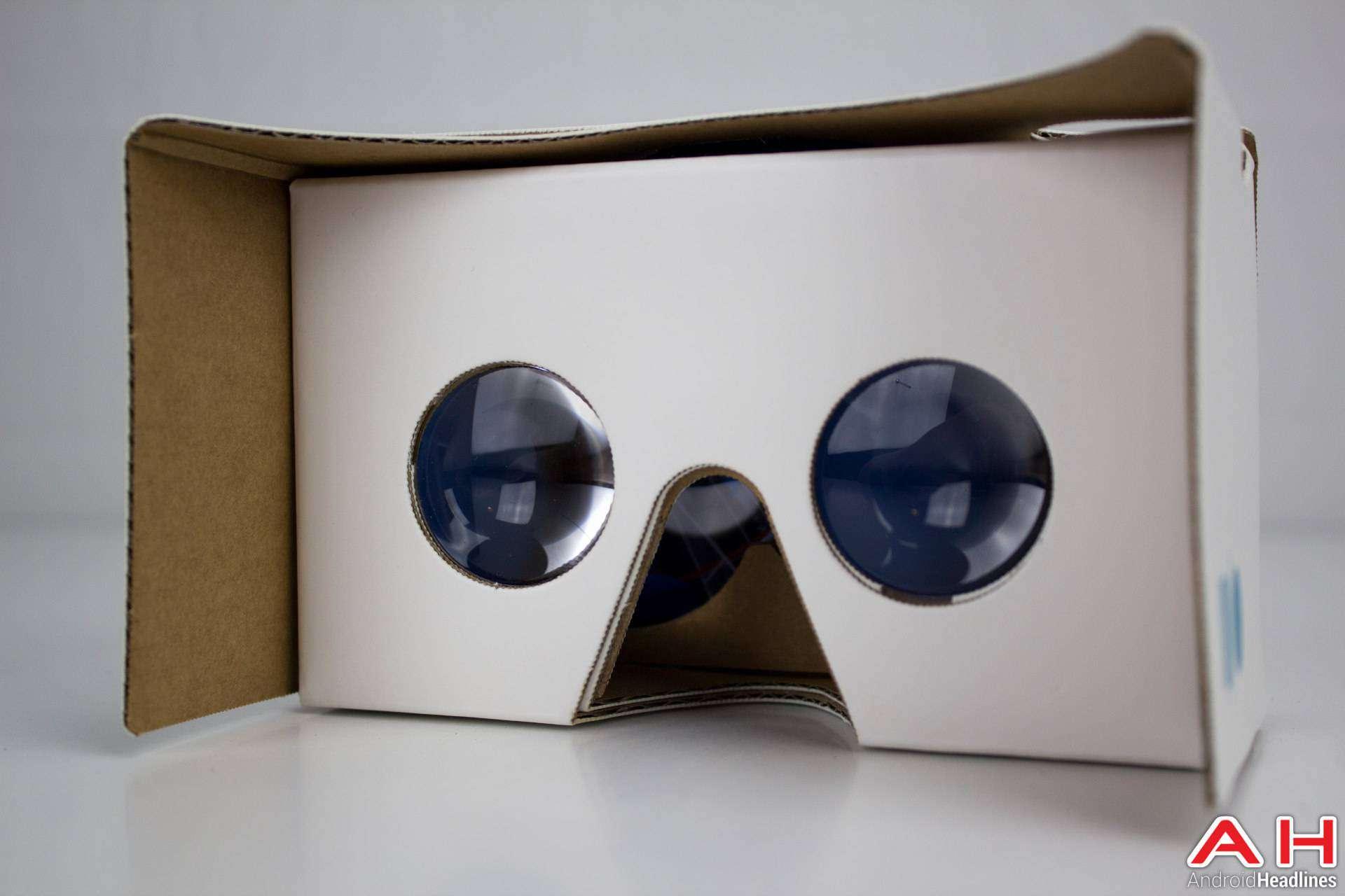 Sony-Xperia-X-AH-NS-Google-cardboard-VR