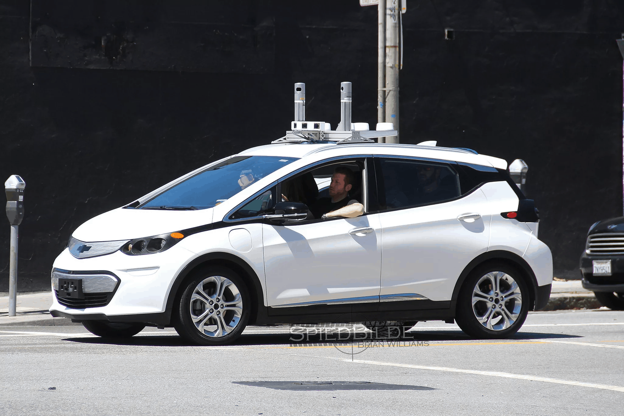 autonomous chevy bolts driving around in san francisco. Black Bedroom Furniture Sets. Home Design Ideas