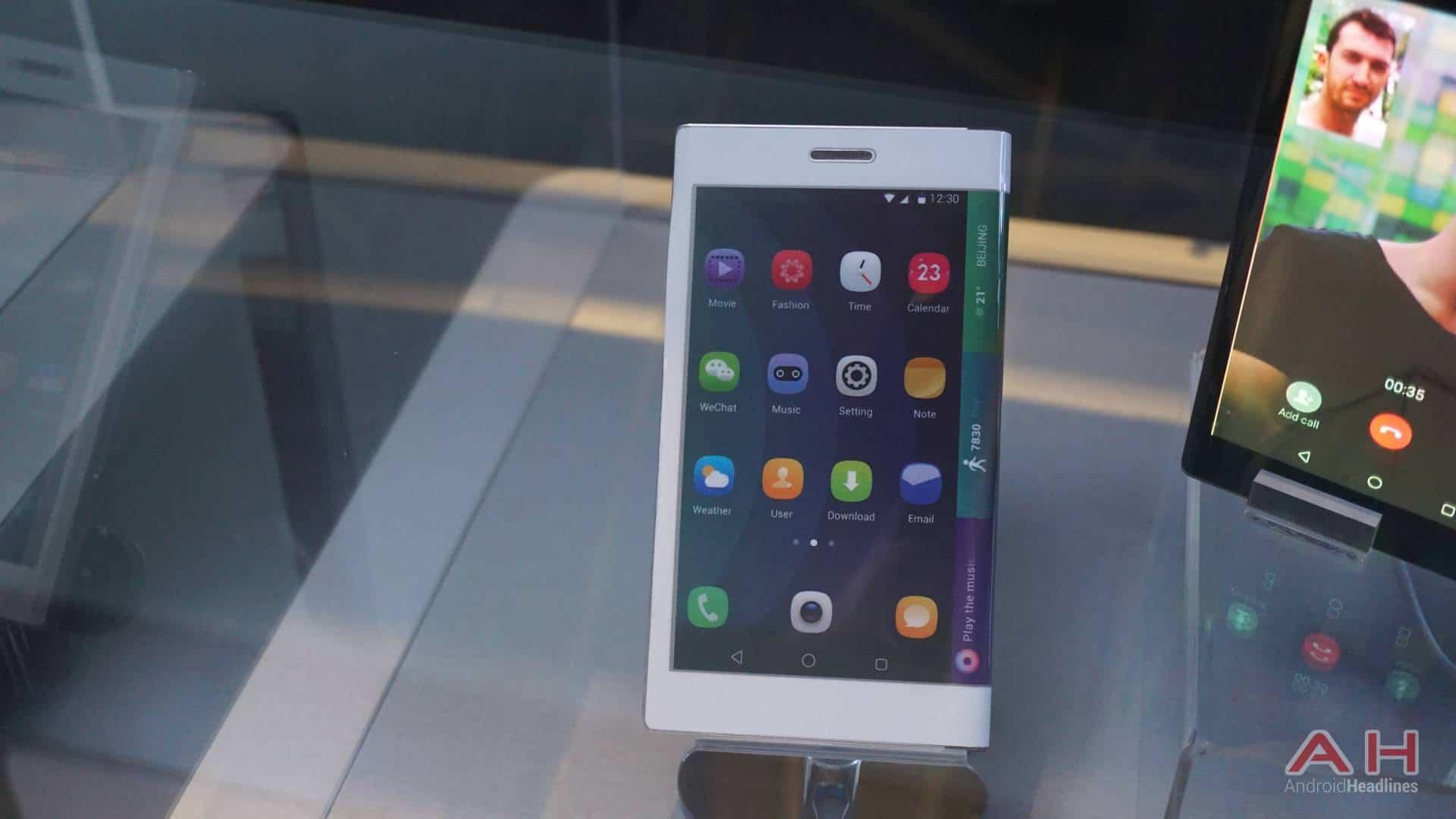AH Lenovo Flexible Display Technology 6