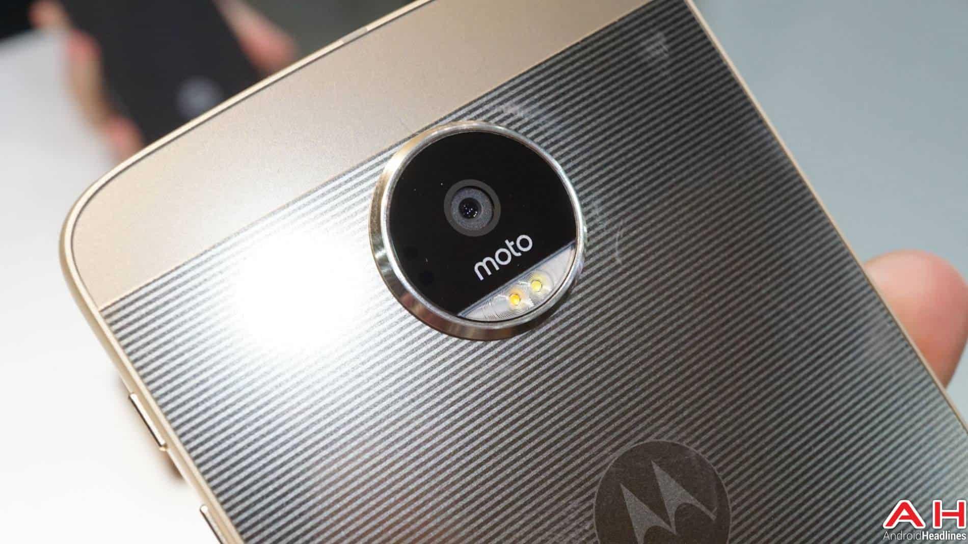 Lenovo Moto Z 2016 Hands On AH 2