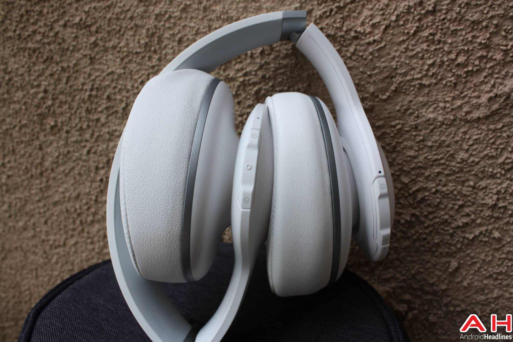 JBL Everest Elite 700 Headphones AH 76