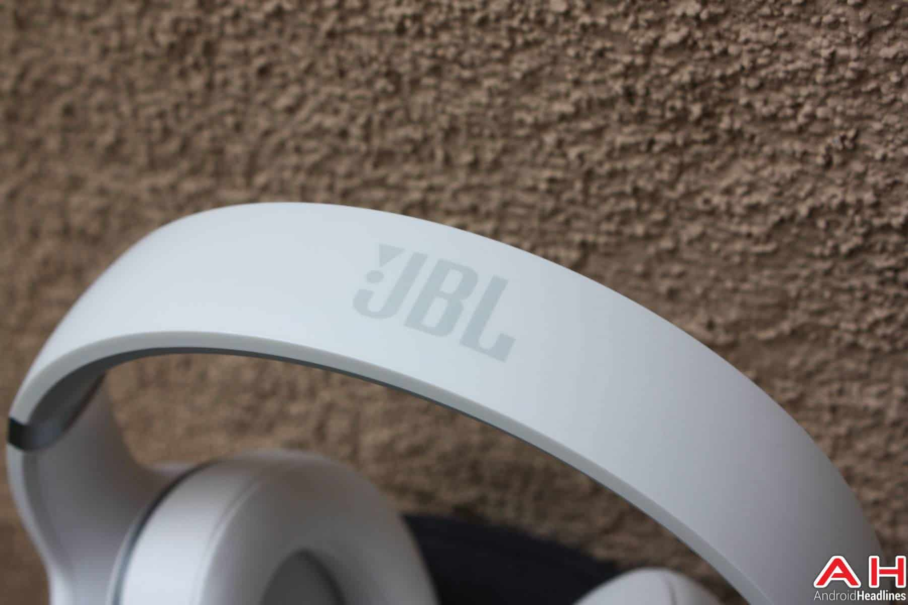JBL Everest Elite 700 Headphones logos AH-16