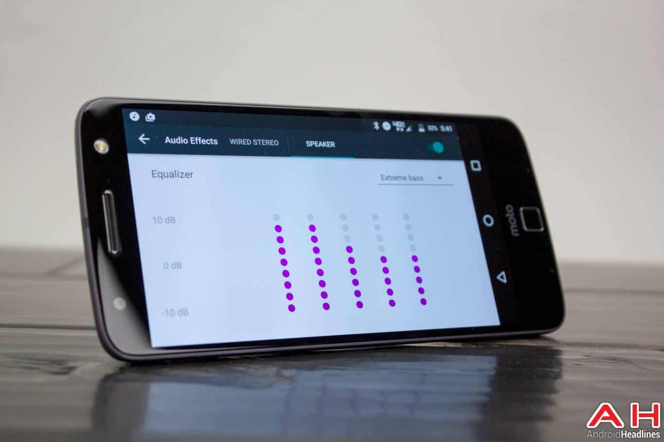 Lenovo-Moto-Z-Mods-JBL-Soundboost-sound
