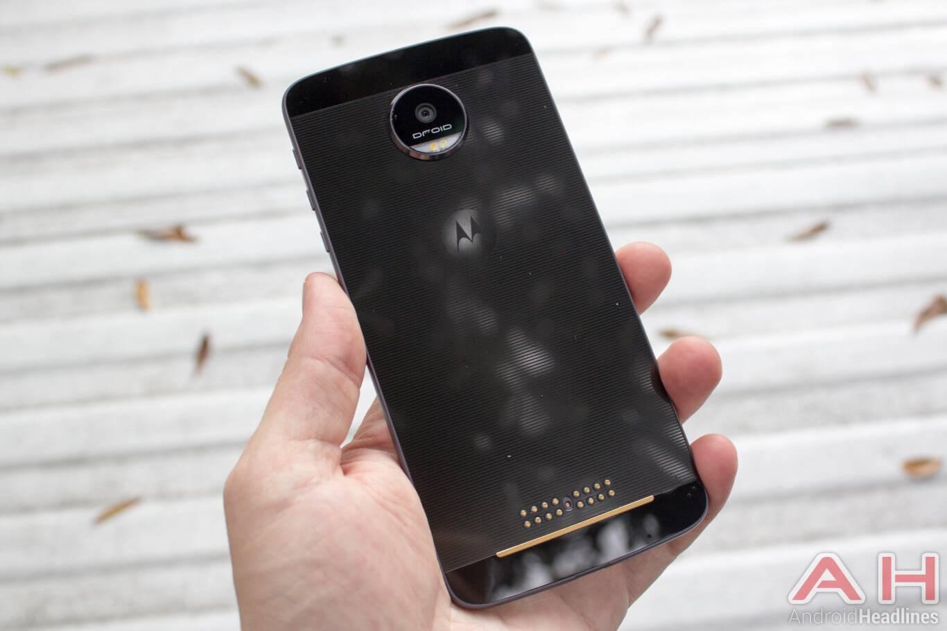 Motorola-Lenovo-Moto-Z-01