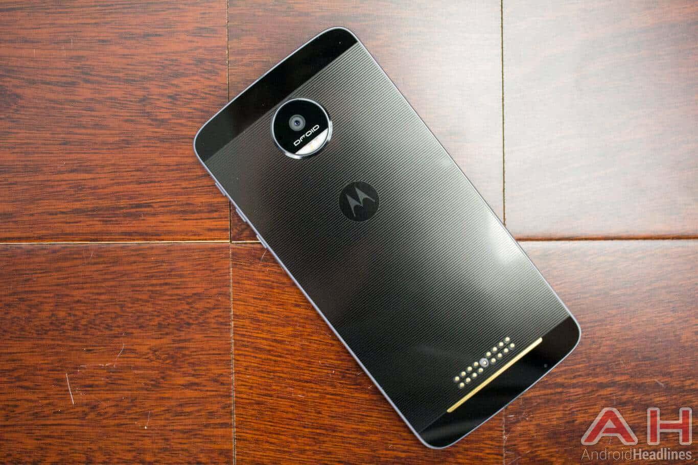 Motorola Lenovo Moto Z 08