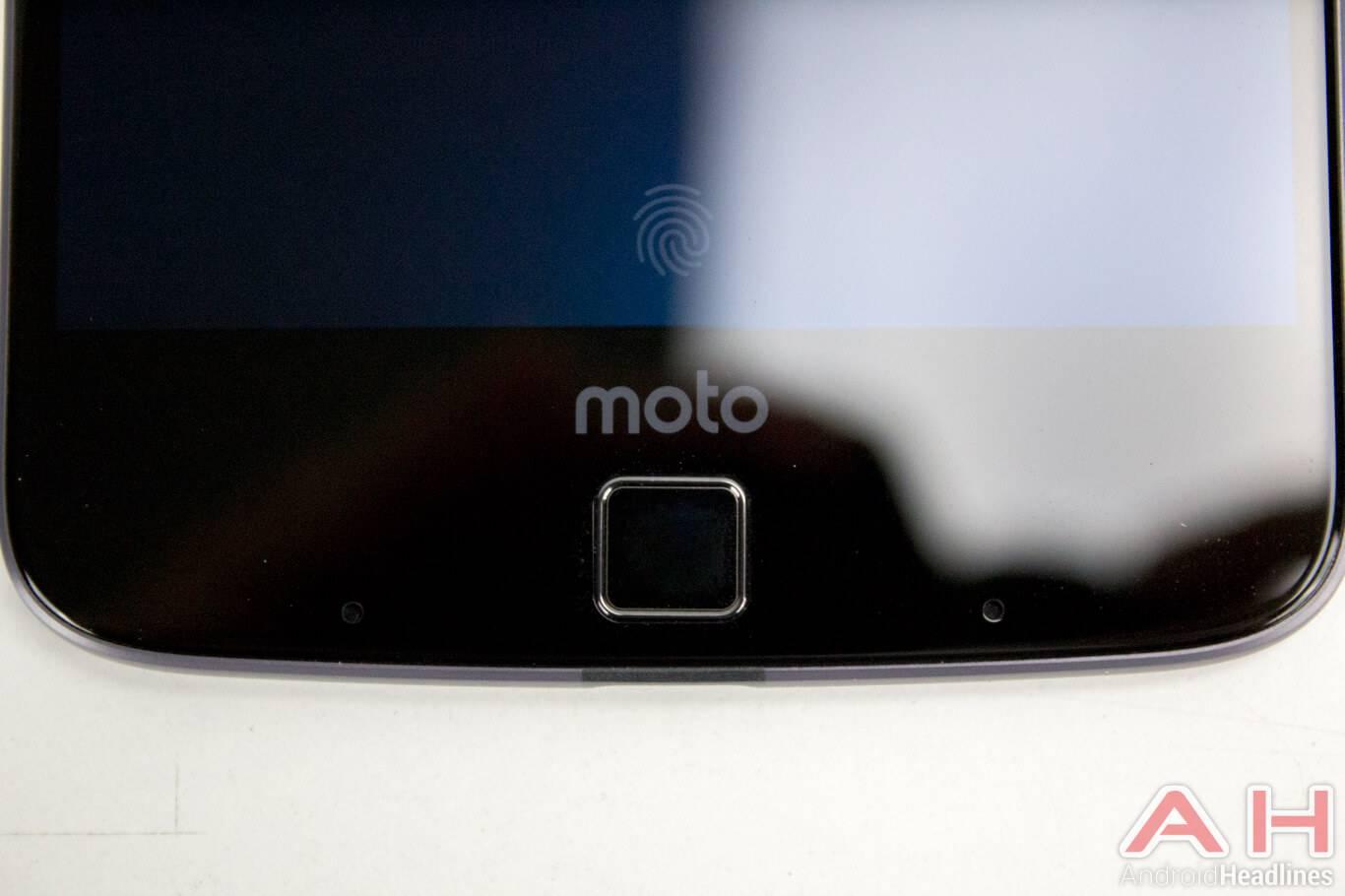 Motorola-Lenovo-Moto-Z-16