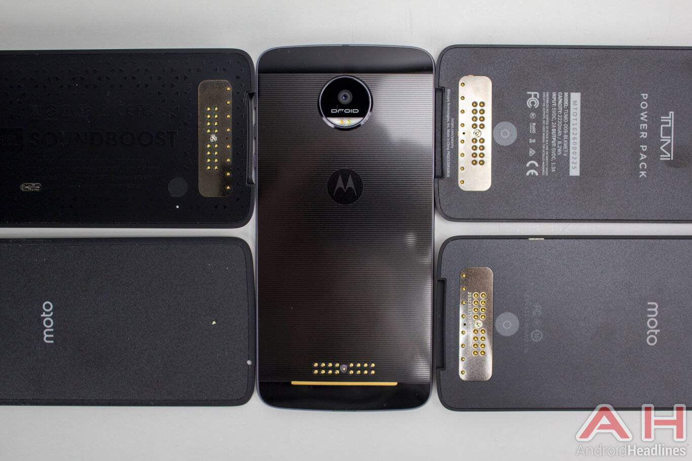 Motorola-Lenovo-Moto-Z-moto-mods-2
