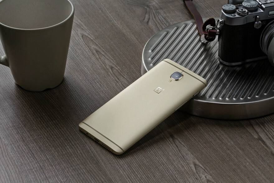 OnePlus 3 Soft Gold 1