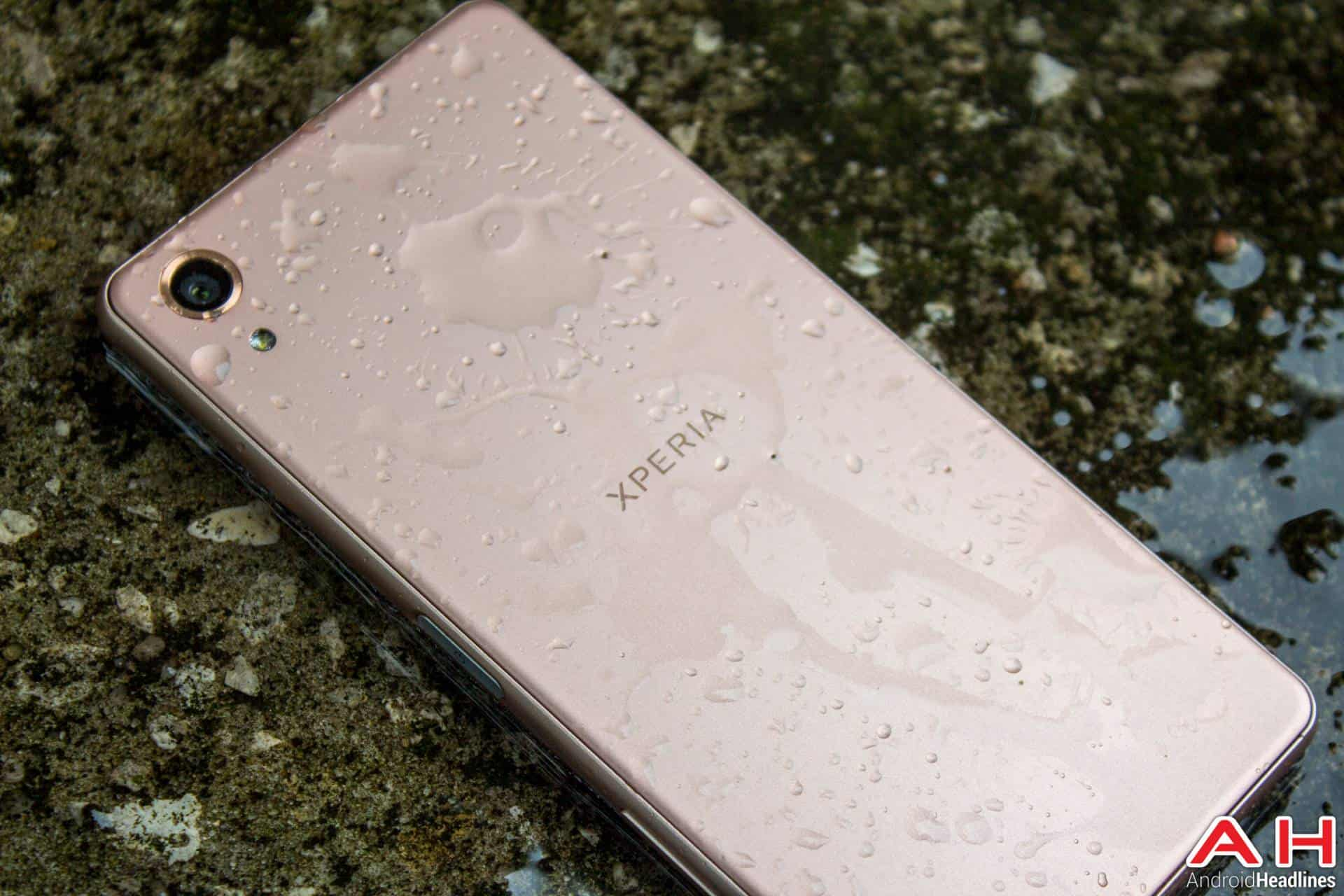 Sony-Xperia-X-Performance-AH-NS-wet-03