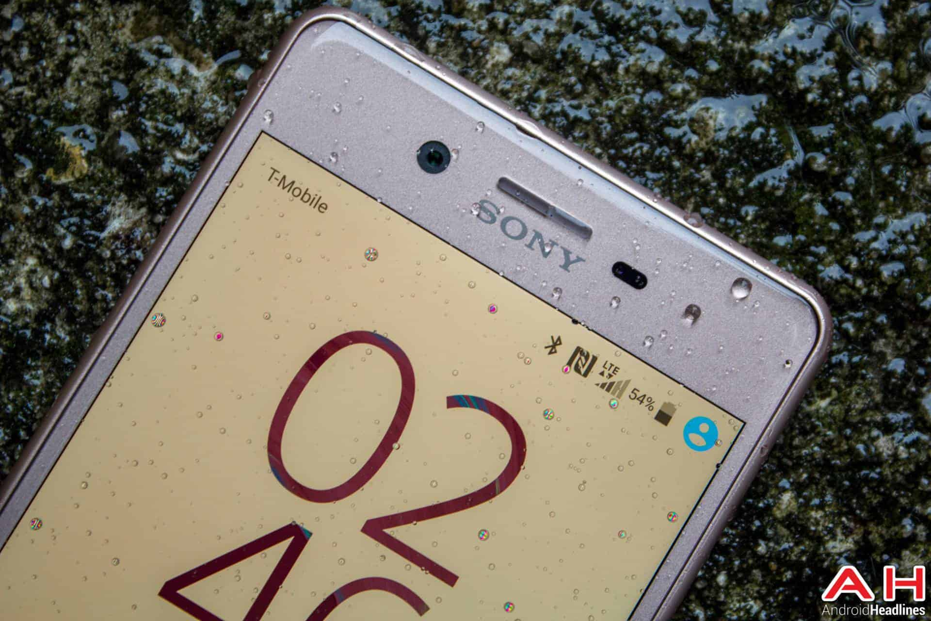 Sony-Xperia-X-Performance-AH-NS-wet-06