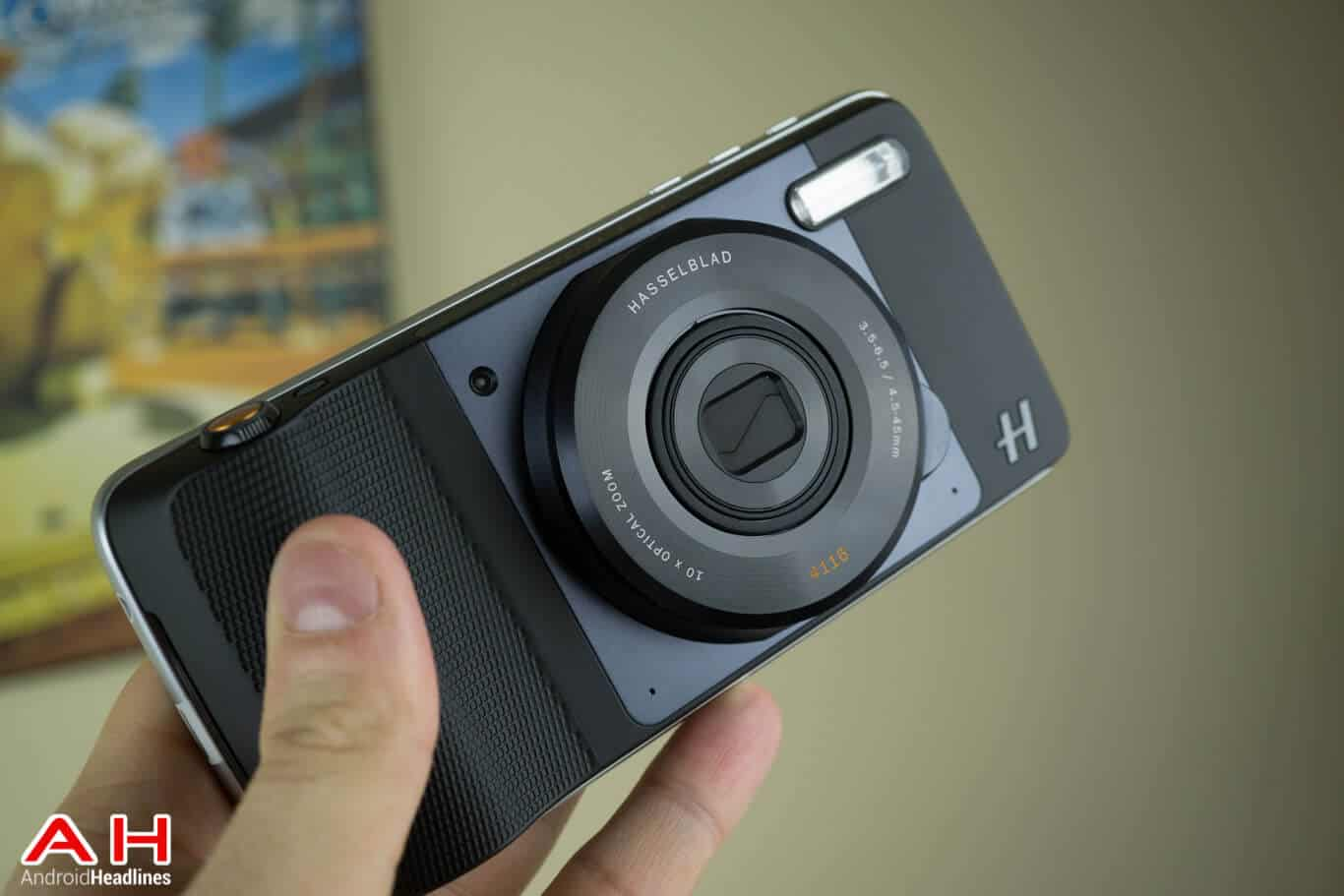 Hasselblad Camera Moto Mod Review AM AH 10