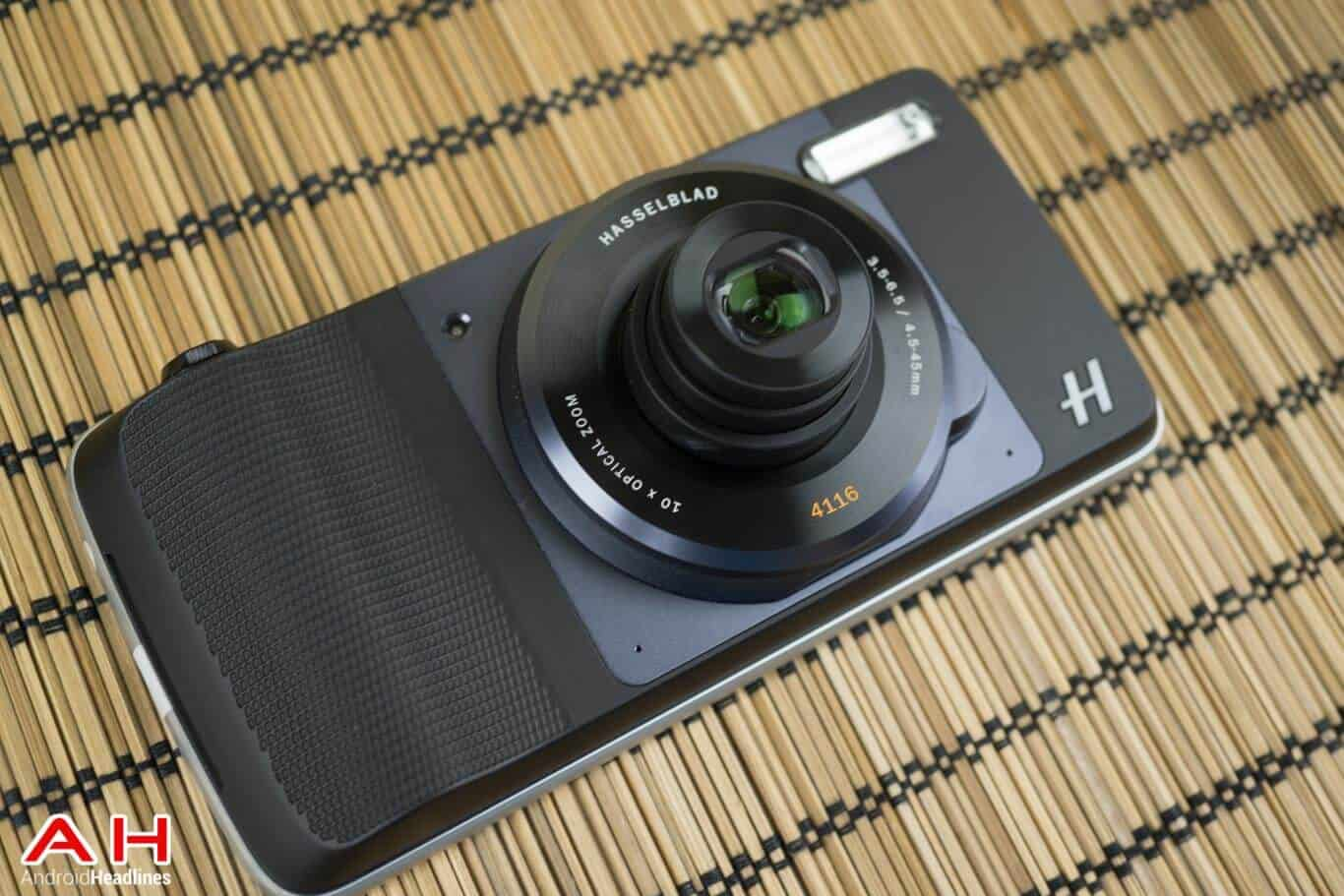 Hasselblad-Camera-Moto-Mod-Review-AM-AH-5