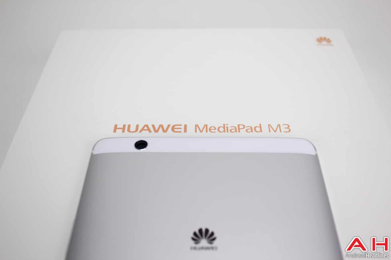 Huawei-MediaPad-M3-AH-NS-11-logo