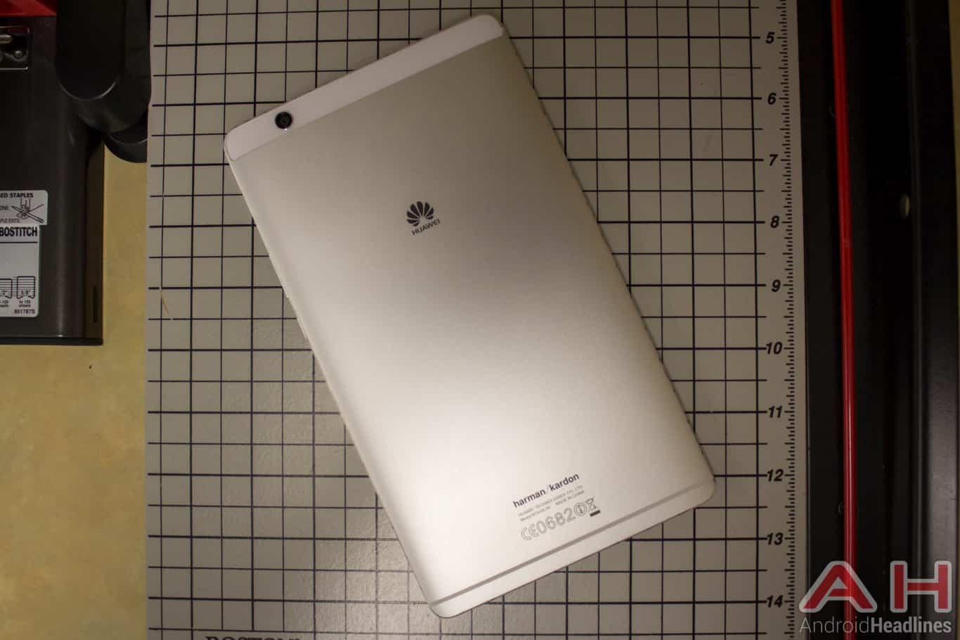 Huawei-MediaPad-M3-AH-NS-office