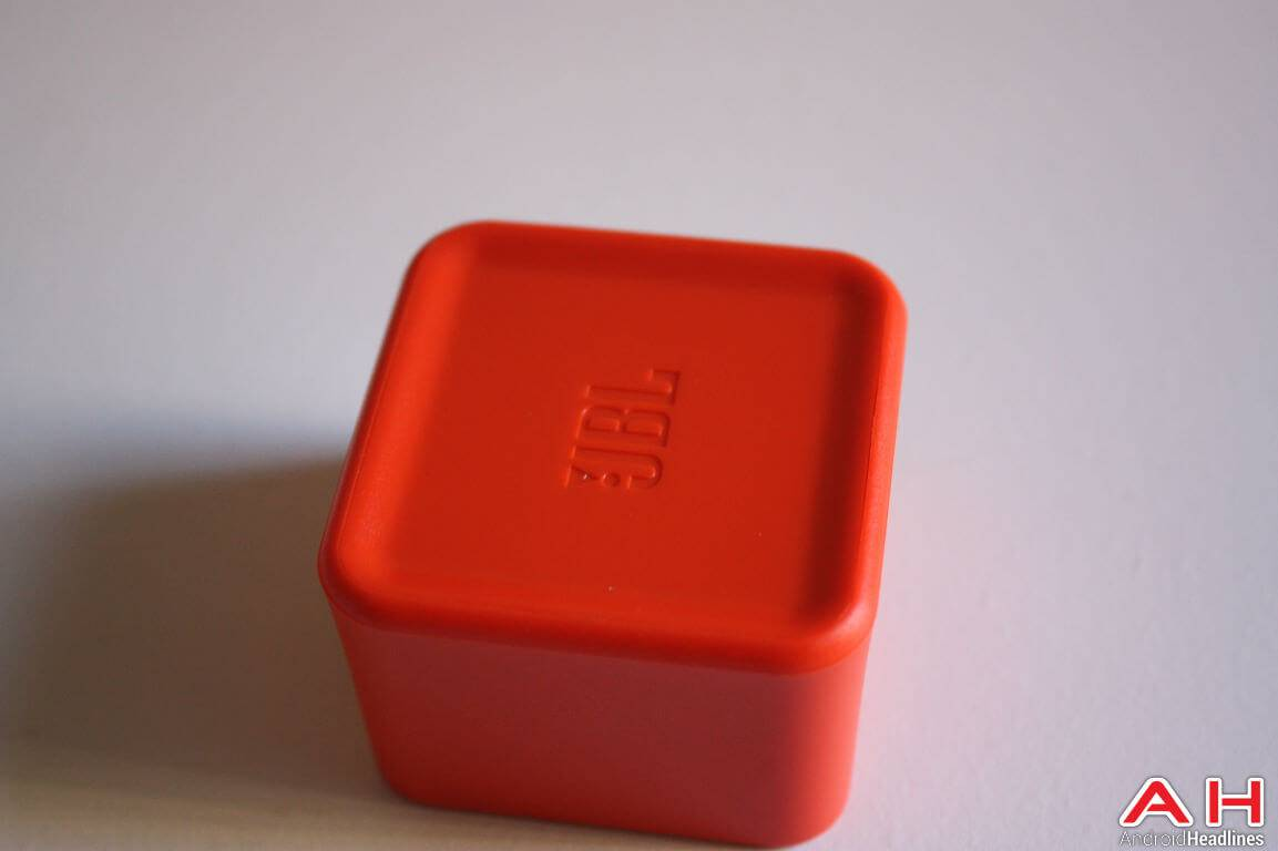 JBL Charge 3 Bluetooth Speaker AH 37