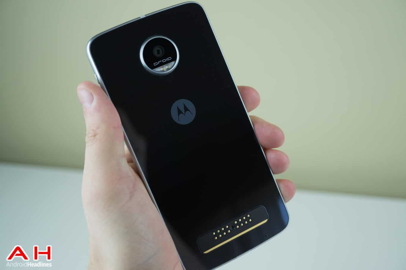 European Moto Z Play Users Now Receiving Android Nougat