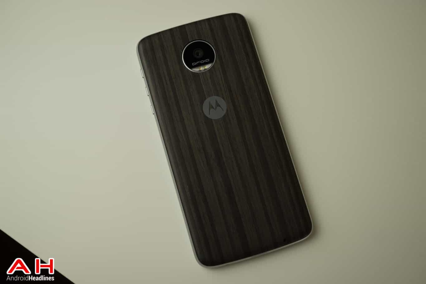 Moto Z Play Review AM AH 28