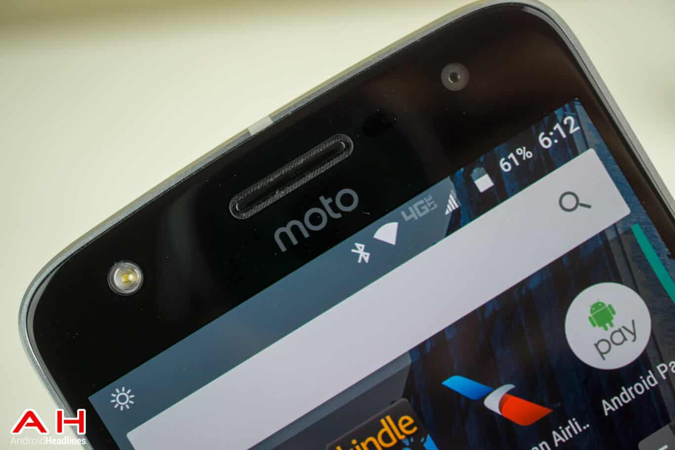 Moto Z Play Review AM AH 6