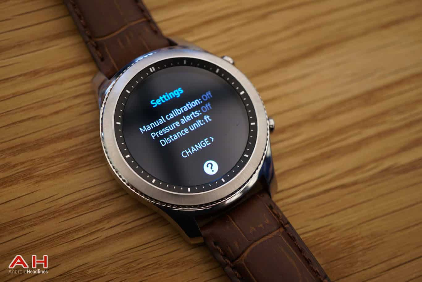 Samsung Launch Gear S3 Smartwatch During IFA 2016 ...