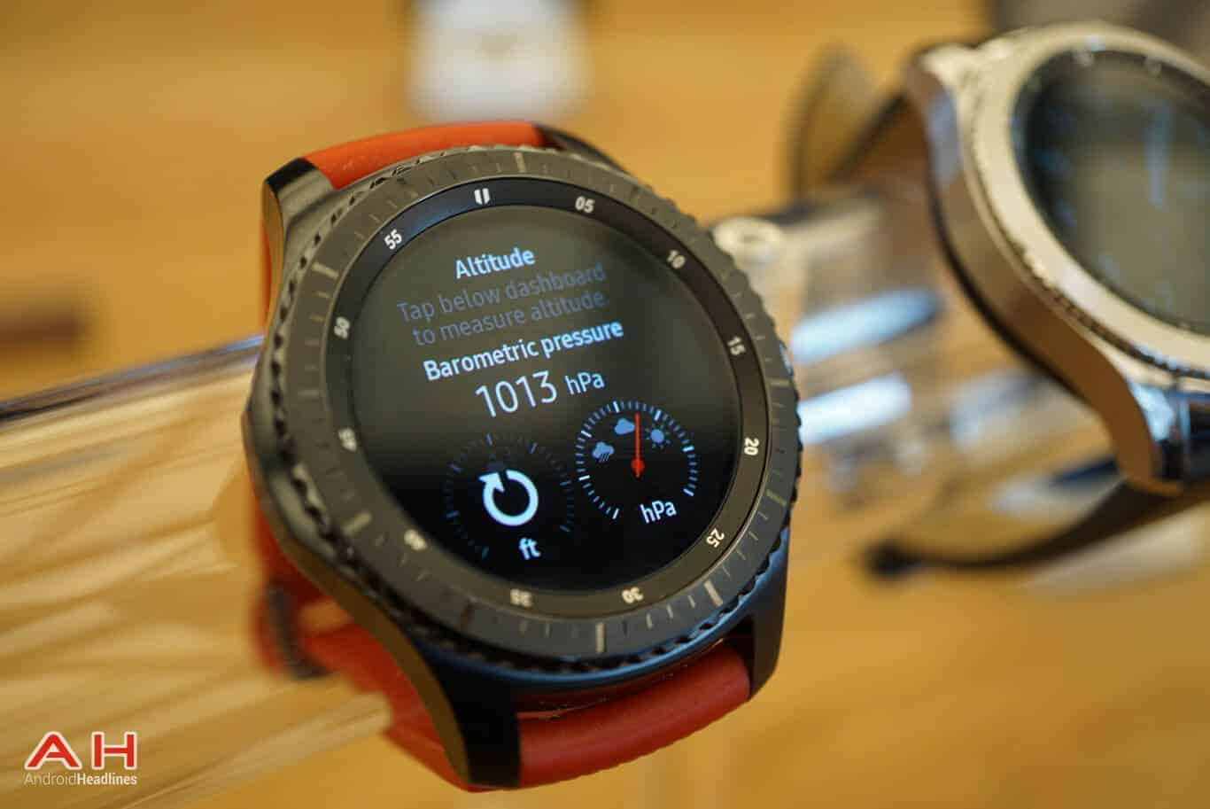 Spotify offline playback comes to the samsung gear s3 spotify offline playback comes to the samsung gear s3 biocorpaavc