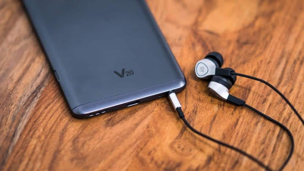 Early LG V20 Buyers Get A Free Pair Of B&O Play H3 ...