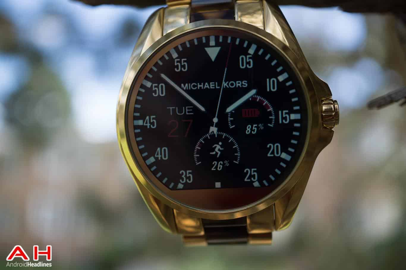 michael-kors-bradshaw-review-ah-3