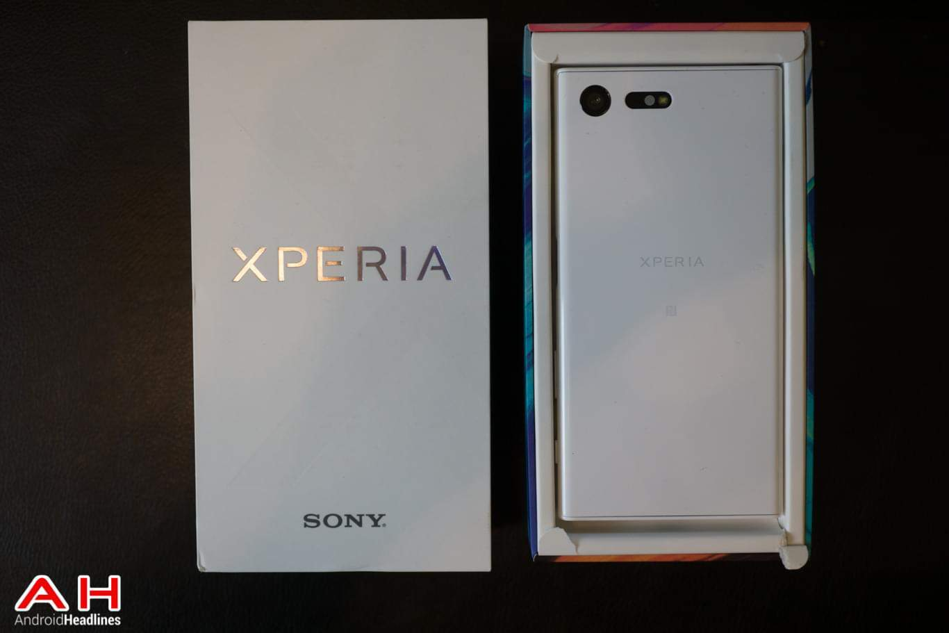 review sony xperia x compact. Black Bedroom Furniture Sets. Home Design Ideas