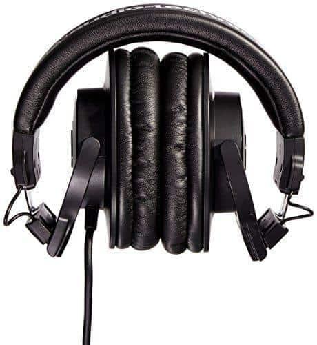 Audio Technica ATH M30x Professional Studio Monitor Headphones 02