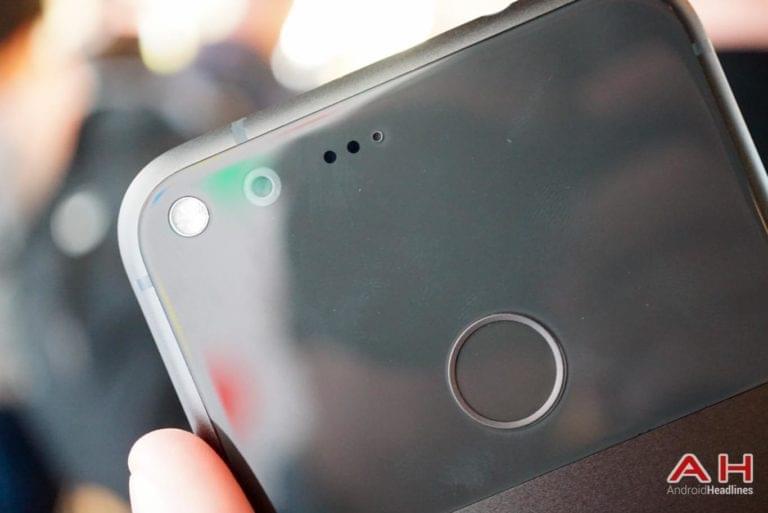 Google Pixel Hands On AH 11
