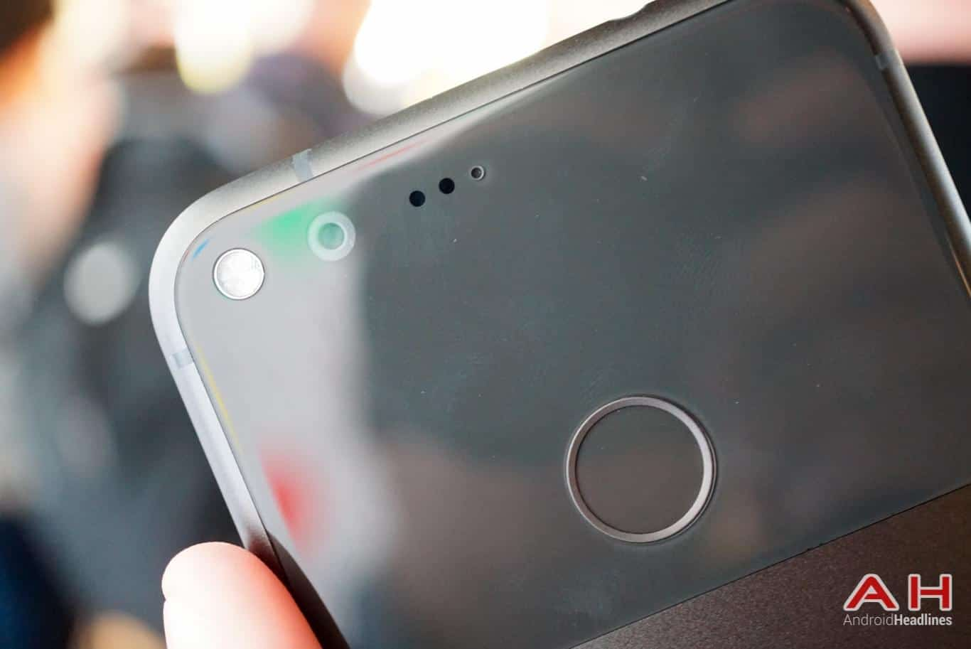 Google Pixel Hands On AH 11