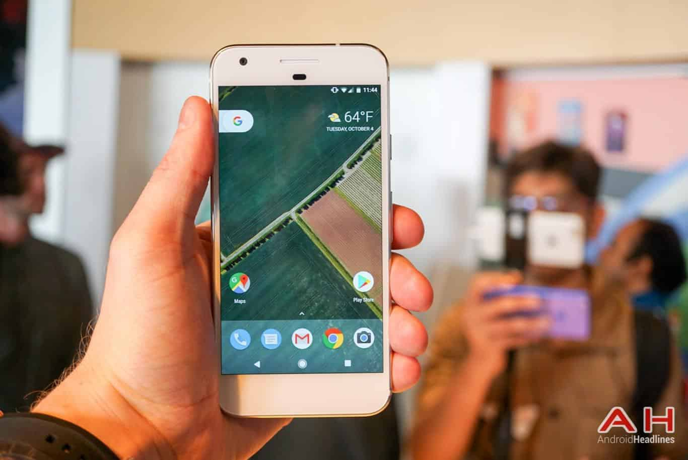 Google Pixel Hands On AH 22
